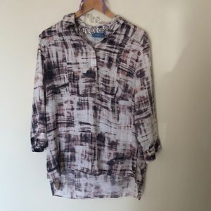 Simply Vera vera wang quarter button up top